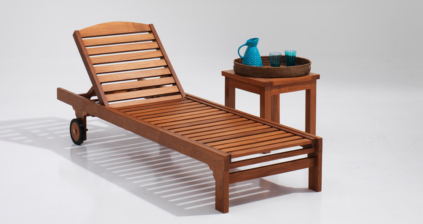 Wooden sunlounger in dubai quality outdoor furniture for Quality outdoor furniture