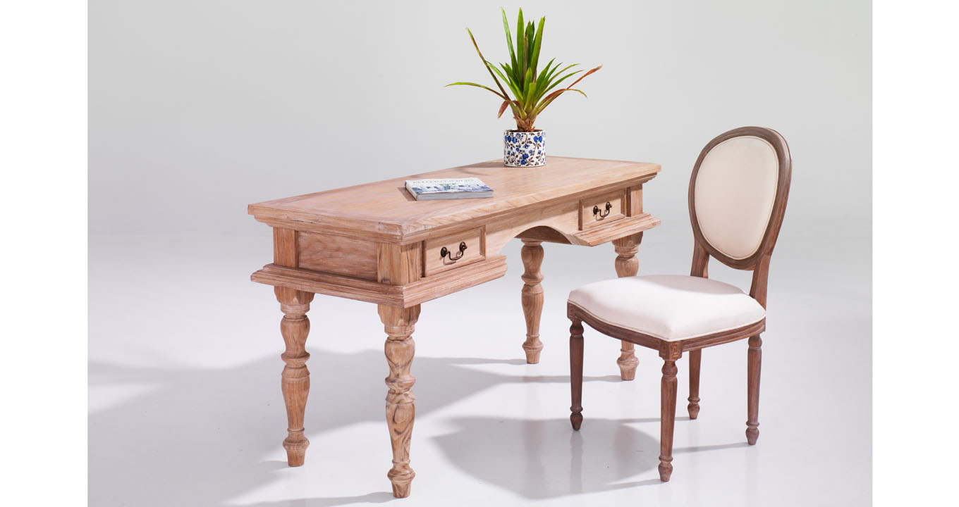 Solid wood desk with chair indoor furniture dubai for Outdoor furniture hobart