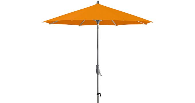 Tilting centre pole umbrella