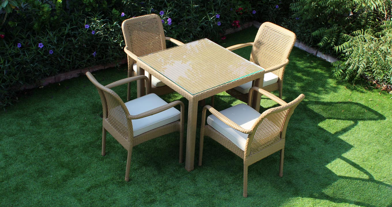 Rivendel Square Dining Set Synthetic