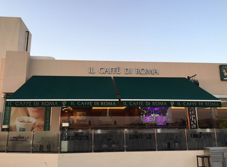 Awnings-il-cafe-de-roma