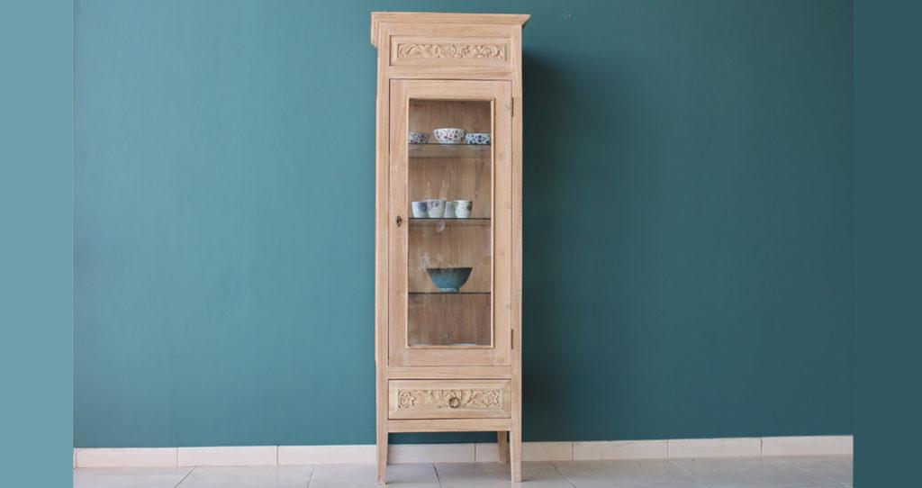 Mesa Glass Cabinet