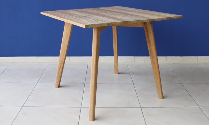 Finn Table