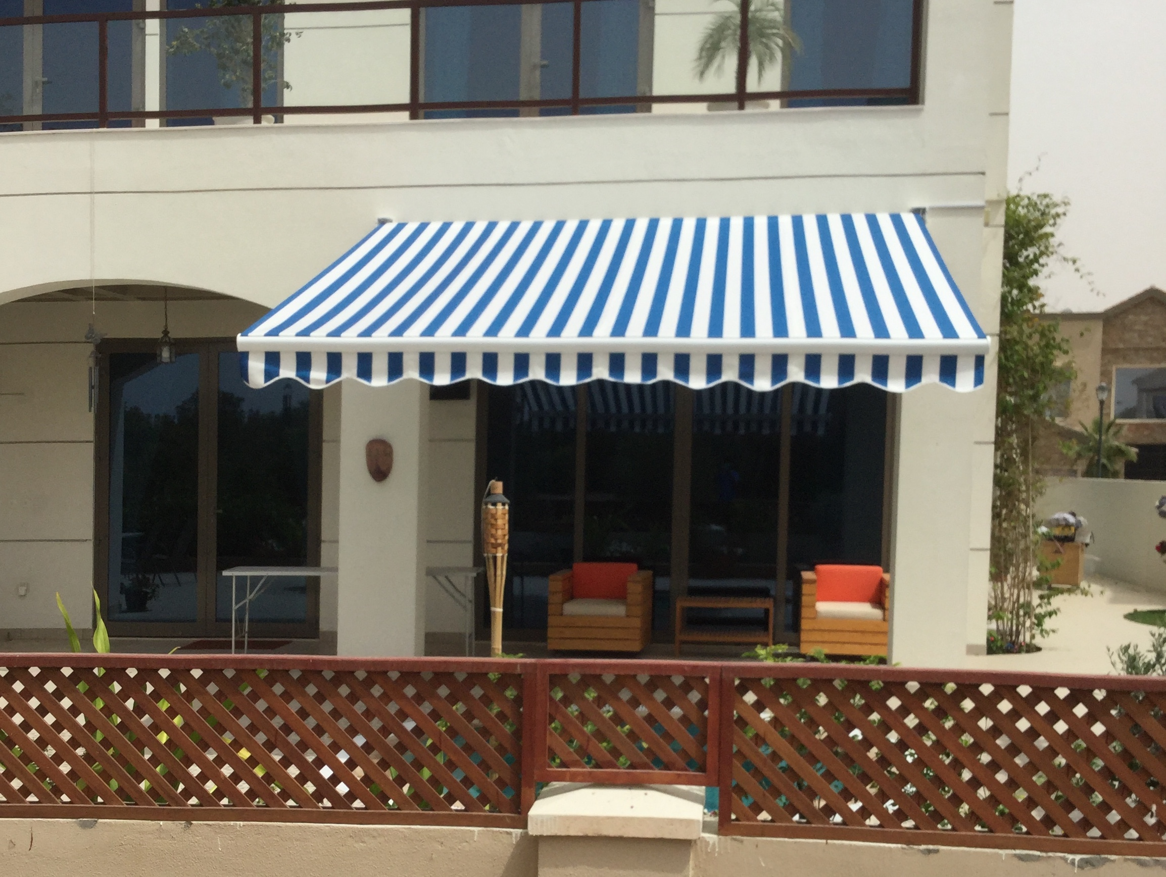 Awning in blue and white